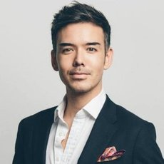 "<p>Jon Yongfook, author of <a href=""https://publishizer.com/growth-hacking-handbook/"">Growth Hacking Handbook</a> (Self-published)</p>"